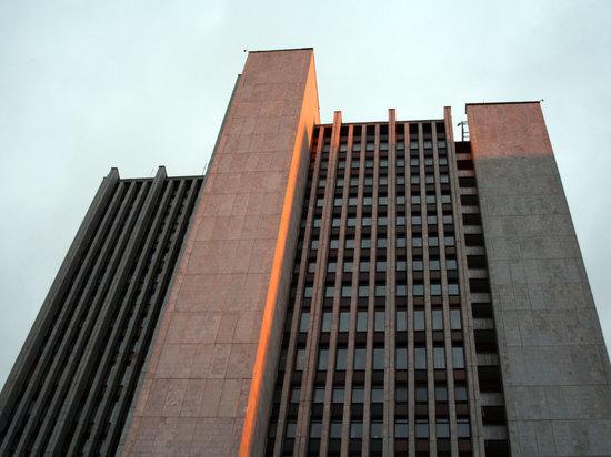 В свердловском правительстве сообщили о сроках окончания программы по замене лифтов