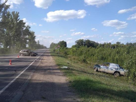 В Тамбовской области столкнулись два ВАЗа, пострадал ребенок