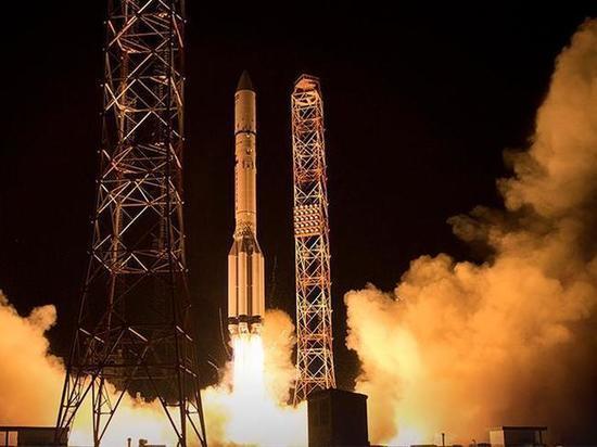 Спутник «Ямал-601» ввели в эксплуатацию