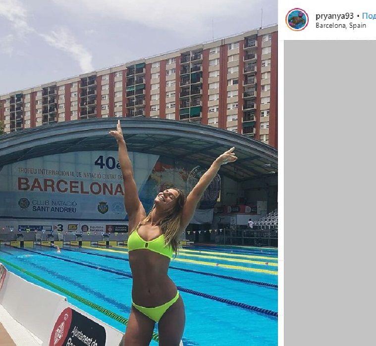 Юлия Ефимова: побеждает в бассейне и успевает на пляж