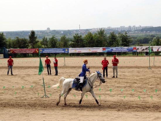 Липчанка Ульяна Санталова привезла «золото» с турнира по джигитовке