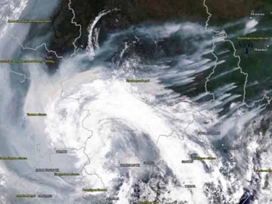 МЧС прогнозирует дымку над Западной Сибирью еще в течение 2-3 дней