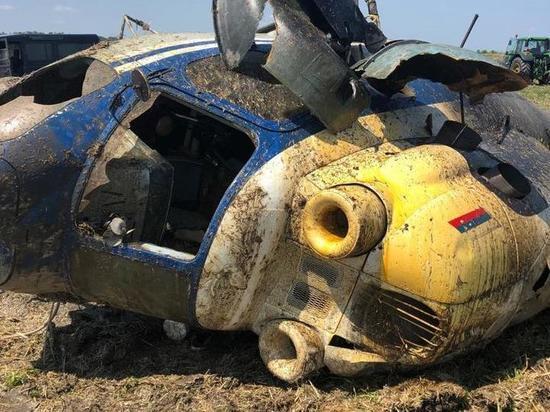 В Адыгее упал вертолёт МИ-2: пилот госпитализирован