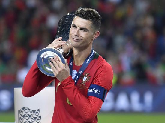 Футболистки против Роналду: с него сняли обвинения, но осадок остался