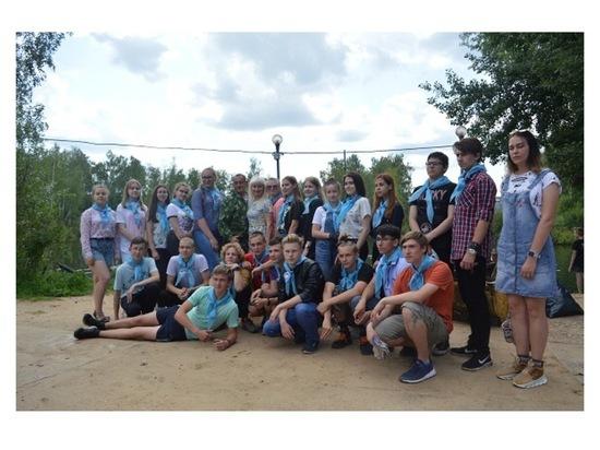 В Серпухове подростки навели порядок на территории пруда Балатон