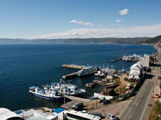На Байкале капитан перевозил на судне втрое больше допустимого числа пассажиров