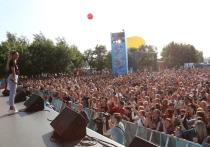 Ольга Бузова, Ирина Старшенбаум, Little Big, Тимур Батрутдинов и другие звезды на площадке ТНТ в рамках фестиваля VK-Fest!