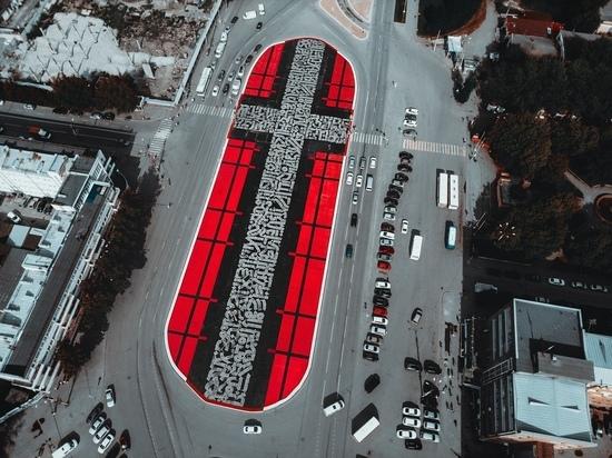 Екатеринбург оскандалился уничтожением арт-объекта Покраса Лампаса