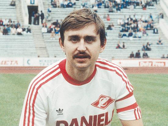 Черенков долго не догадывался, что в футбол можно играть за деньги