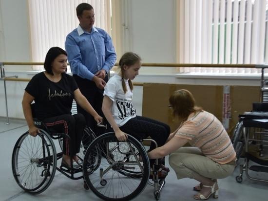 Тамбовские спортсмены получили специальные коляски для танцев