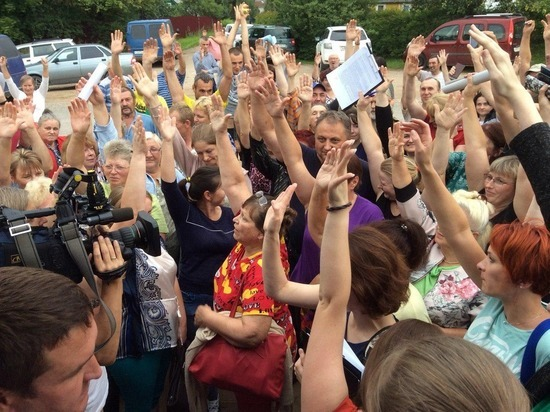 Жители деревни из Псковского района проголосовали против строительства кладбища