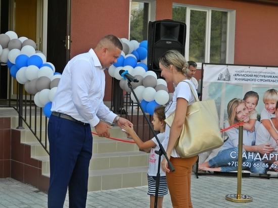 В Симферополе 108 семей получили ключи от новых квартир