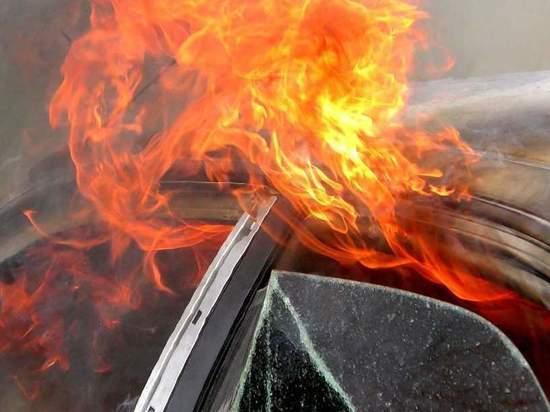 Калининградец поджёг автомобиль сторожа из-за конфликта с ним