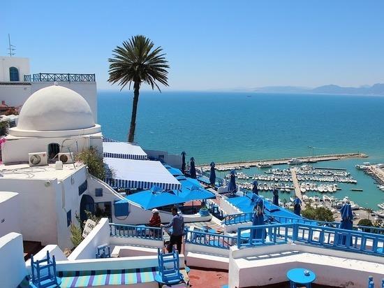 Смерть президента Туниса грозит стране войной: в опасности ли туристы