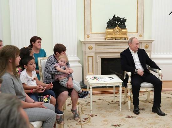 Жители затопленного Тулуна промолчали на вопрос Путина о проблемах