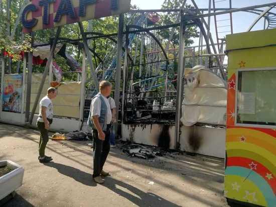 В Калининграде сгорели «Американские горки»