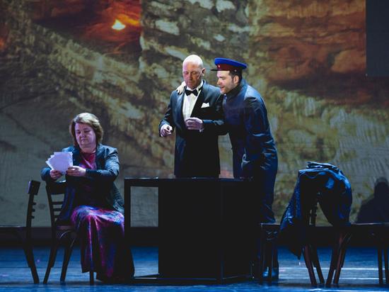 Георг Отс стал героем нового спектакля «Геликон-оперы»