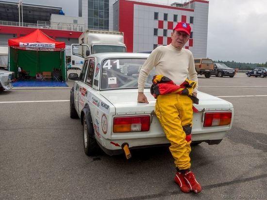 Сегодня день рождения у знаменитого автогонщика Олега Трегубова