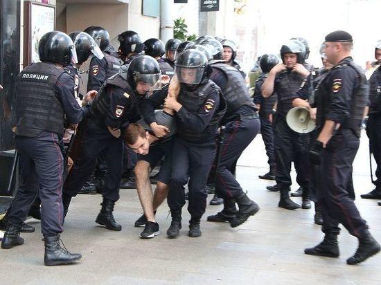 Московские протесты показали «фейсбучную силу непримиримой оппозиции»