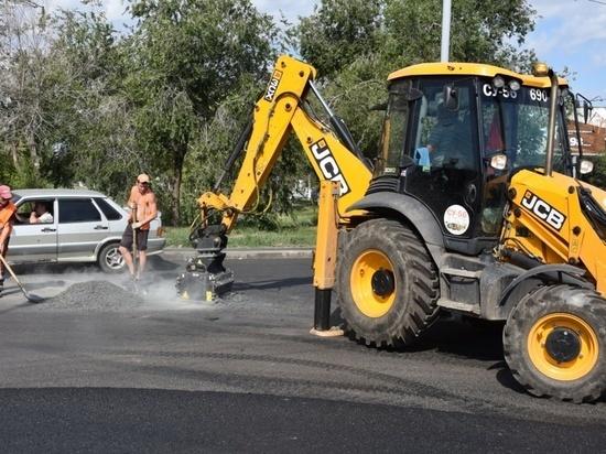 На дорогах Оренбурга сегодня снова будет идти ремонт