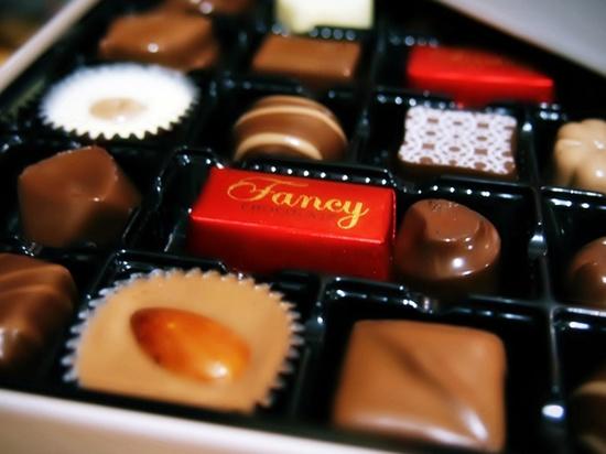 Калининградец пытался украсть из магазина 30 коробок шоколадных конфет