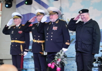 Адмирал спел михайловцам морскую песню