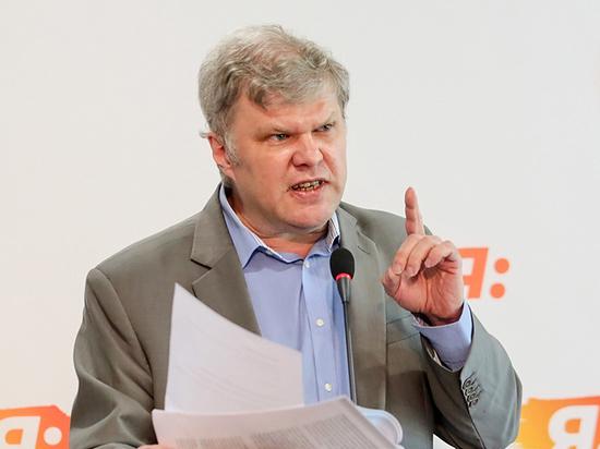 Митрохин объяснил отмену отказа в регистрации на выборах в Мосгордуму