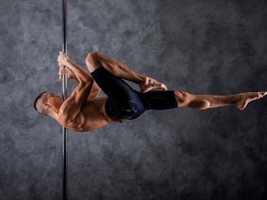 Житель Муравленко хочет сделать Ямал уютнее акробатикой на шесте