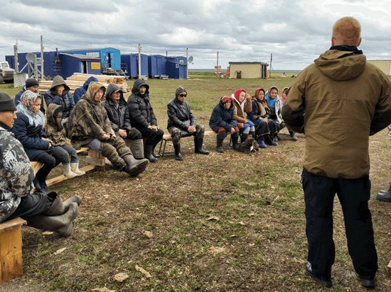 Представители властей ЯНАО обсудили с оленеводами меры соцподдержки