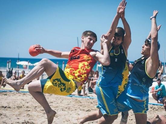Впервые в истории Россия принимает Евротур по пляжному гандболу