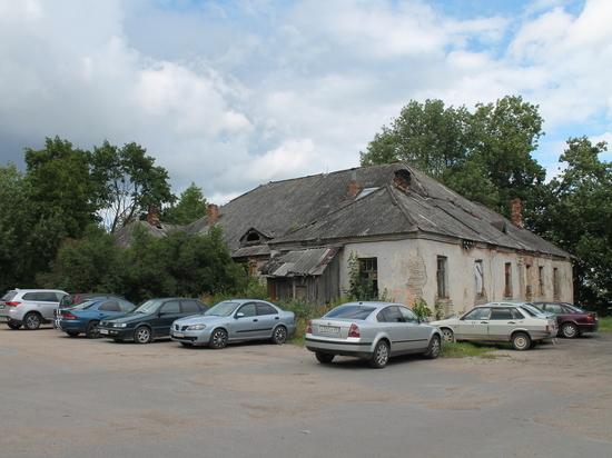Жители Щиглиц рассказали о планах на барский дом усадьбы Пальчиковых