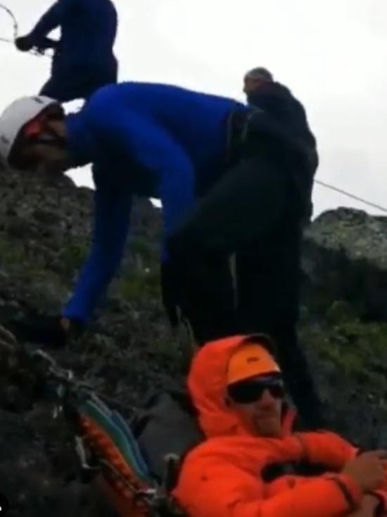 В Северной Осетии спасли травмированных альпинистов