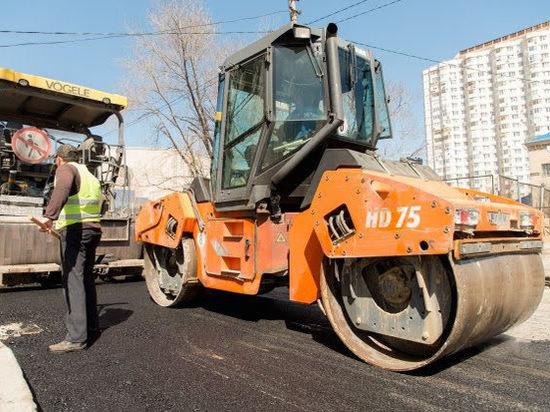 Ремонт восьми дорог Волгограда забуксовал: мэрия расторгла договоры сподрядчиками