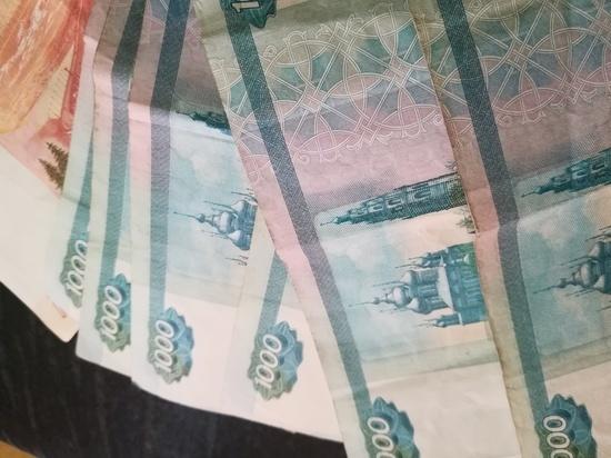 В Орском офисе мобильной связи мужчина пытался украсть деньги