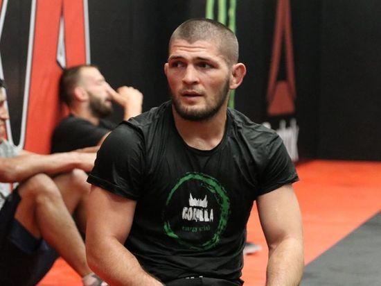 Чуть больше месяца осталось до турнира UFC 242 в Абу-Даби.