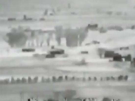 Появилось видео уничтожения в Сирии автомобиля боевиков танком российского производства