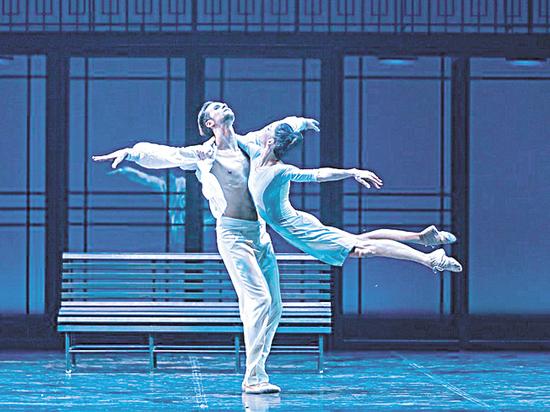 Голодец и Мединский оценили московские гастроли Петербургского театра балета