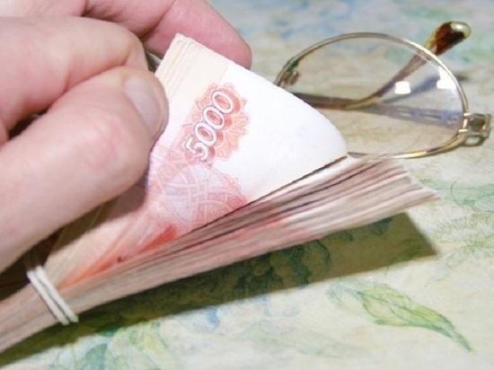 Тамбовчанка за месяц отдала мошеннику более 4 миллионов рублей