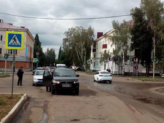 Автоледи едва не задавила 74-летнюю пенсионерку из Башкирии