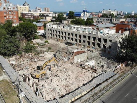 Старинную усадьбу в Барнауле сравняли с землей ради здания прокуратуры