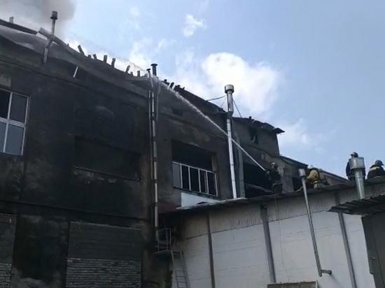 12 человек пострадали при пожаре в чесальном цехе во Владикавказе