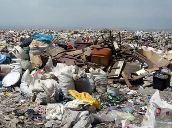 В Калмыкии возобновят строительство мусорного полигона
