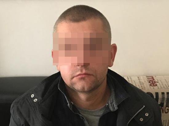 Насильник ранил ножом москвича, который бросился на помощь женщине