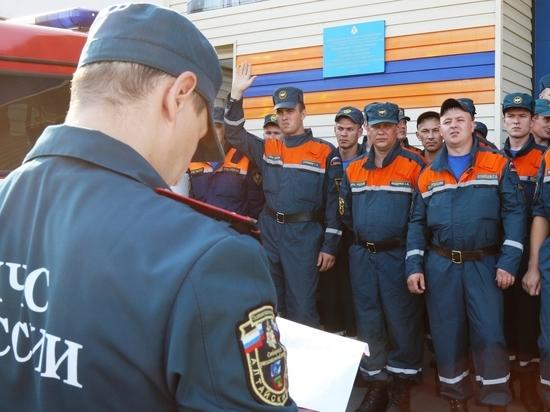 Алтайские спасатели поехали тушить пожары в Сибири