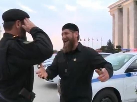 Чеченские полицейские получили от Кадырова 15 российских автомобилей