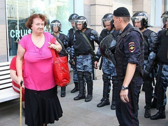 В МВД сообщили о 600 задержанных на несогласованной акции в Москве