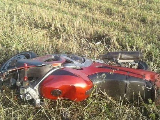 28-летний мотоциклист из Башкирии погиб, врезавшись в столб