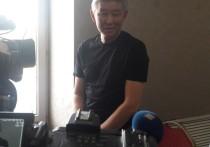 Сегодня журналисты республиканских СМИ впервые смогли увидеть самого таинственного кандидата в мэры Улан-Удэ Мункожапа Бадмаева