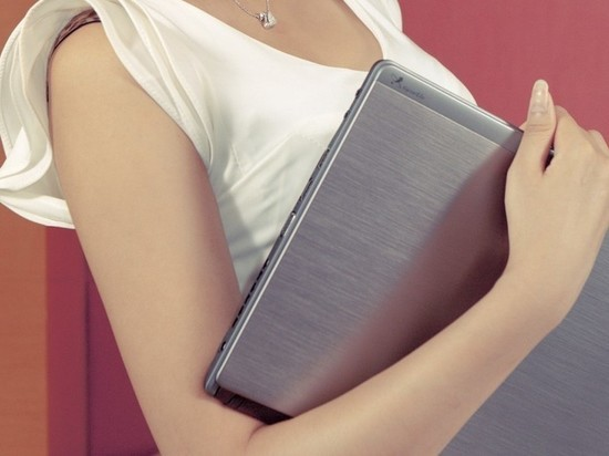 Сиделка из Гая украла у подопечной ноутбук