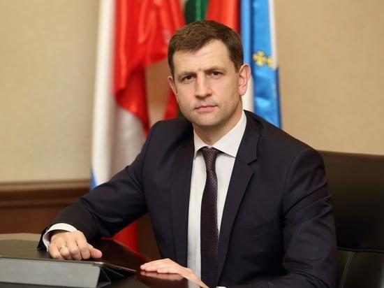 Разумовский предложил калужанам самим обслуживать детские площадки